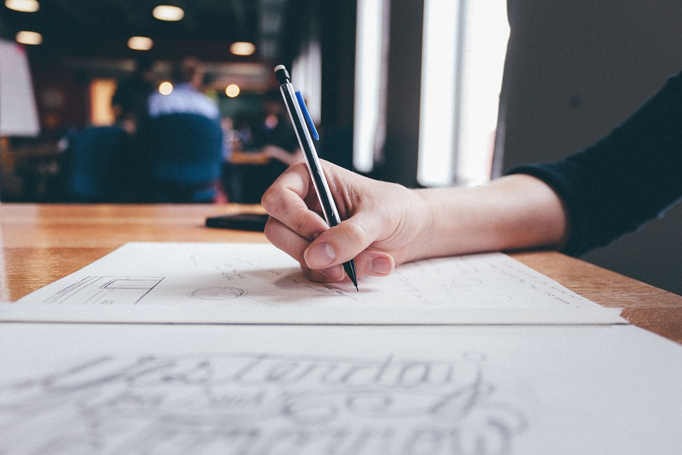 Achieving Highest Goals While Dealing With Custom Essay Writing Services