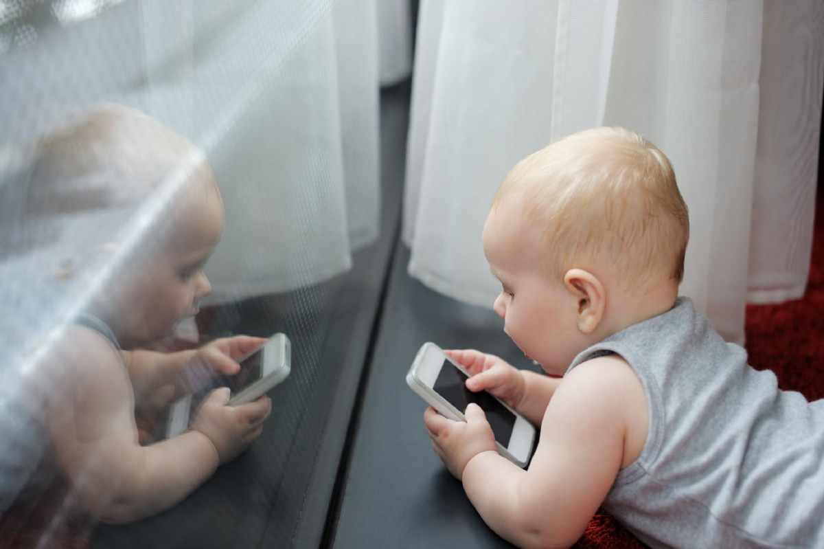 5% of Babies Have Social Media?