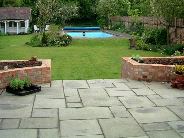 Sandstone Pavement – Timeless Paving Material That Never Goes Out-Of-Fashion